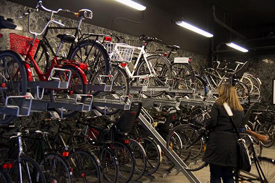 3 copenhagen bike parking_bikeitalia