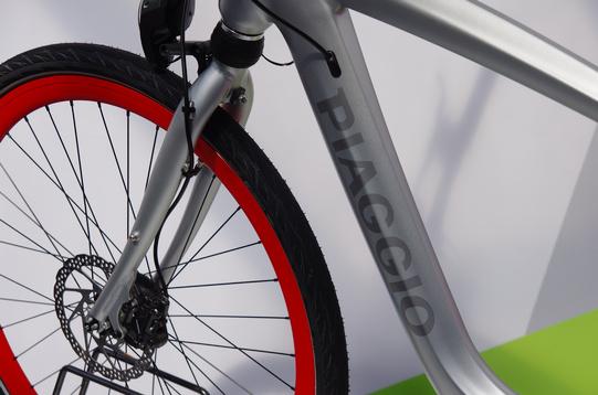 Piaggio Wi-Bike detail4
