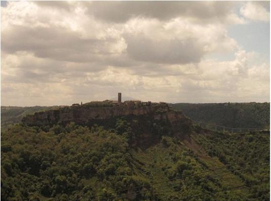 Civita di Bagnoregio vista da Lubriano