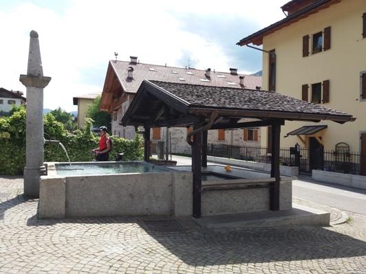 06 fontana di Fisto