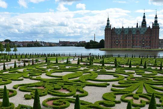 7.1 frederiksborg castle