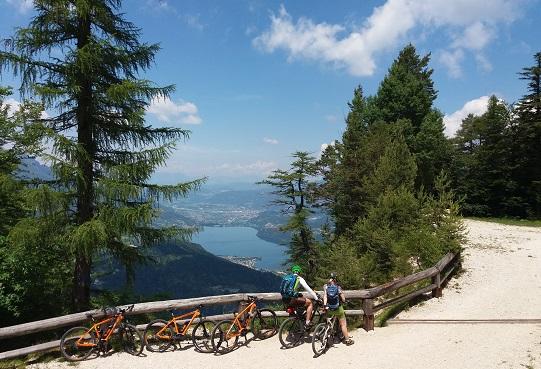 04 panorama su Lago di Caldonazzo