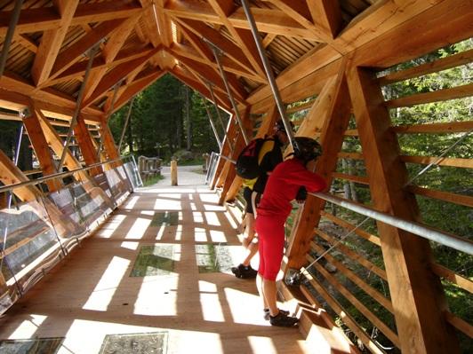 17 ponte legno e vetro