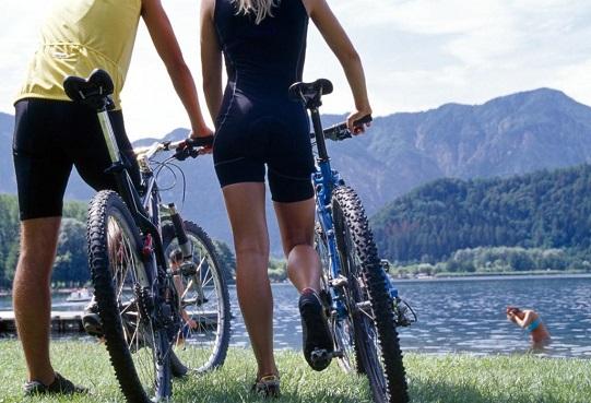 Mountainbiker nahe Levico am See
