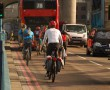 Londra, ciclisti sul London Bridge