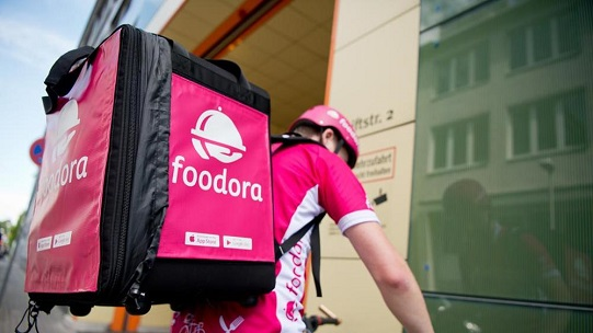 foodora_rider_in_bici