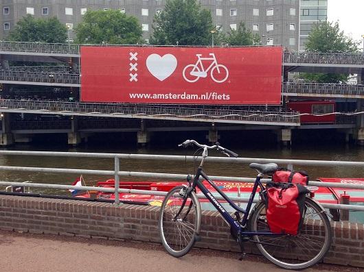 amsterdam_parcheggio_bici