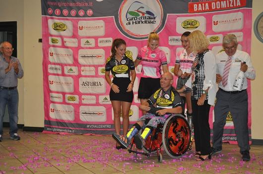 Giannino Piazza orgoglioso vincitore della Maglia Nera handbike al giro d'Italia 2016