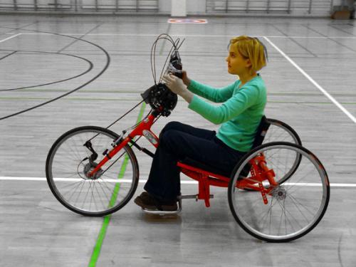 Esempio di handbike per uso ricreativo. Prezzo medio 2.500 € circa