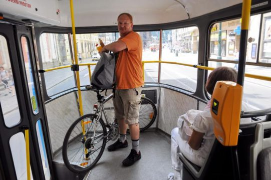 tram-bici-praga