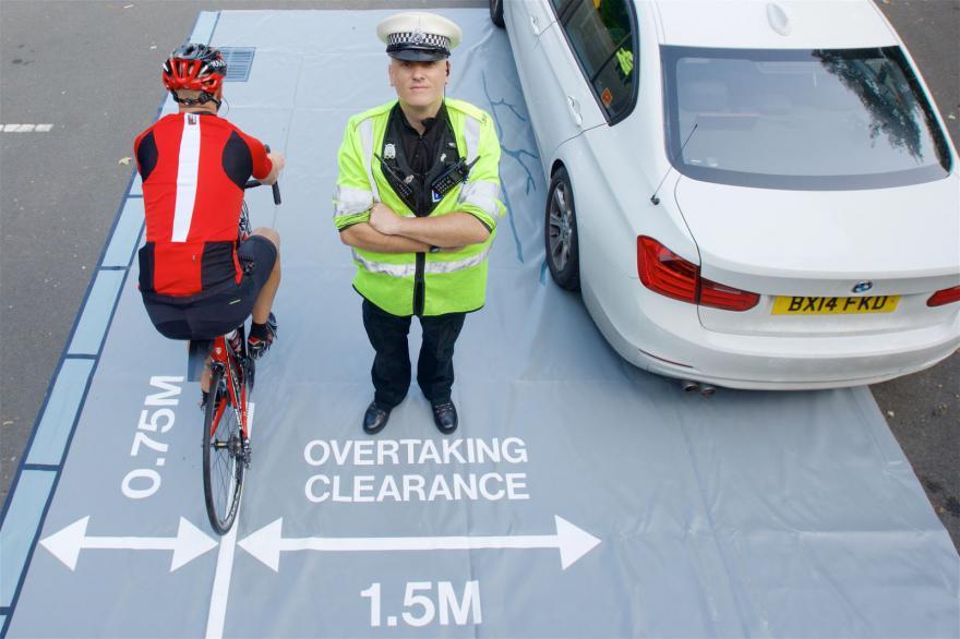 sicurezza sorpasso bici
