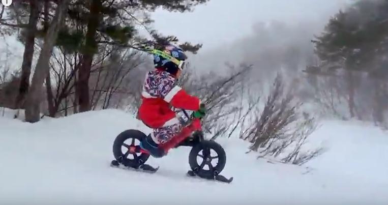 bici strider su neve