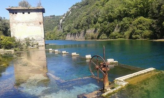 Le sorgenti e la vecchia chiusa sul Nera a Stifone (TR)