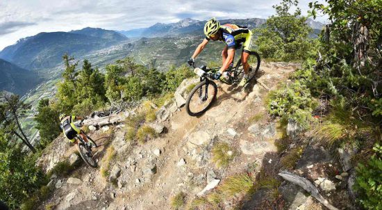 Ciclista cross-country