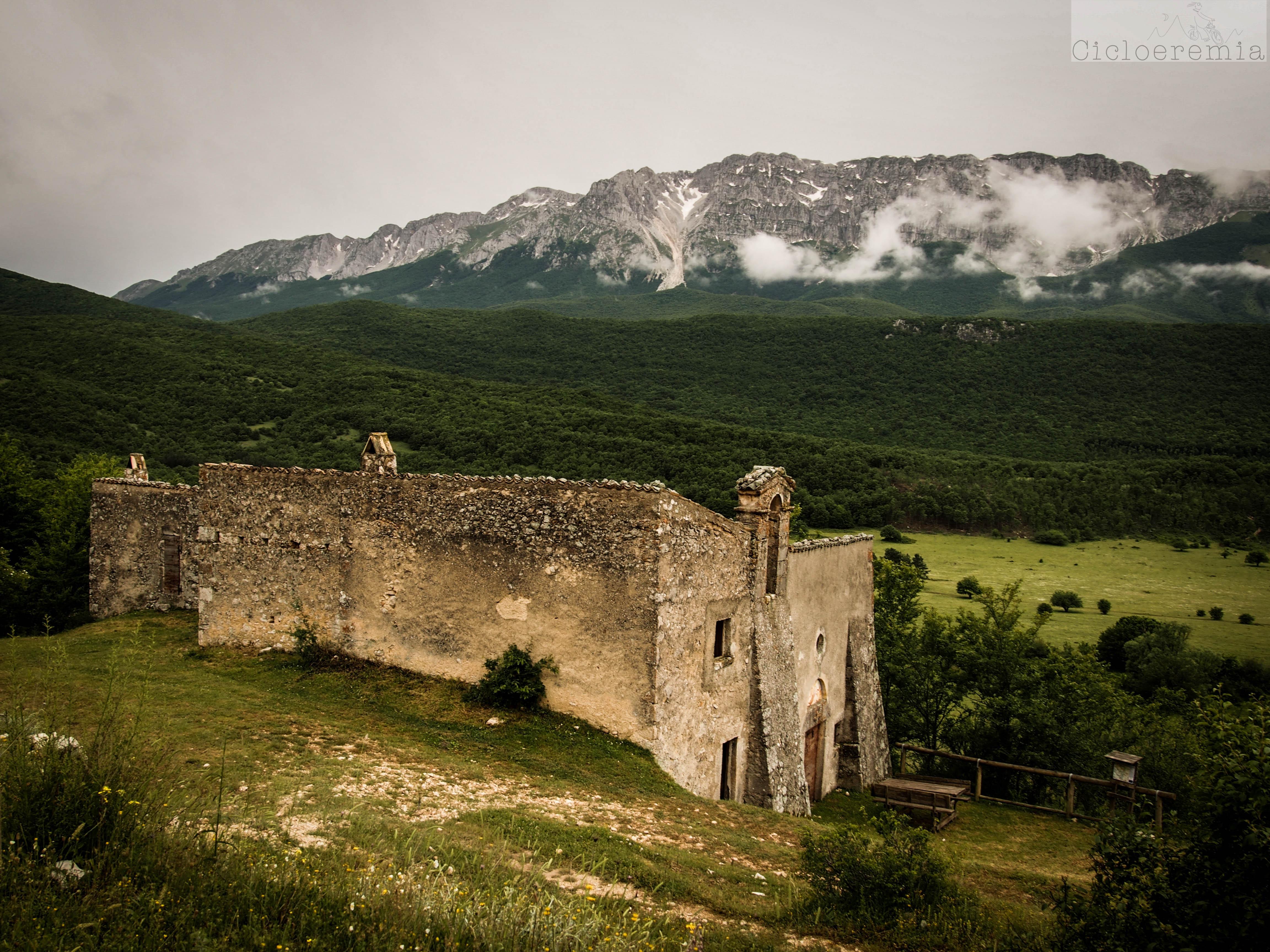 Chiesa arroccata