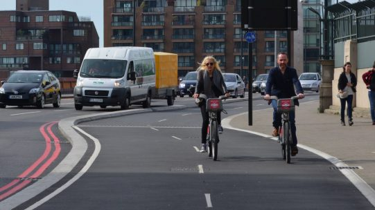 couple-cycling-on-cycle-superhighway-5-vauxhall-bridge-london