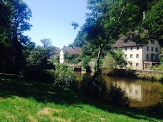 Case sul fiume