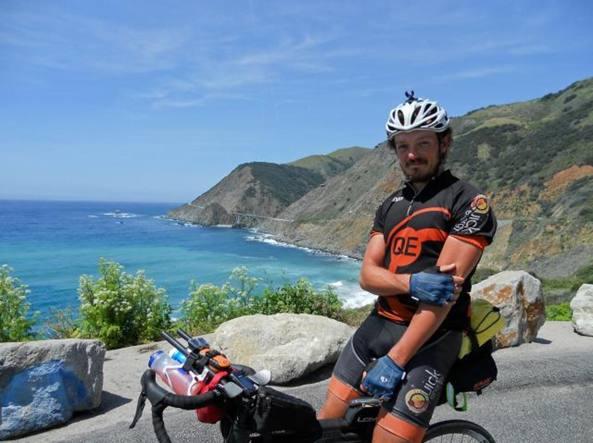 Mike hall, ciclista
