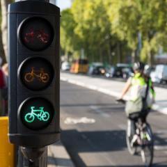 bici e semaforo