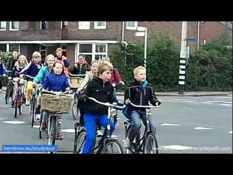 in bici a scuola