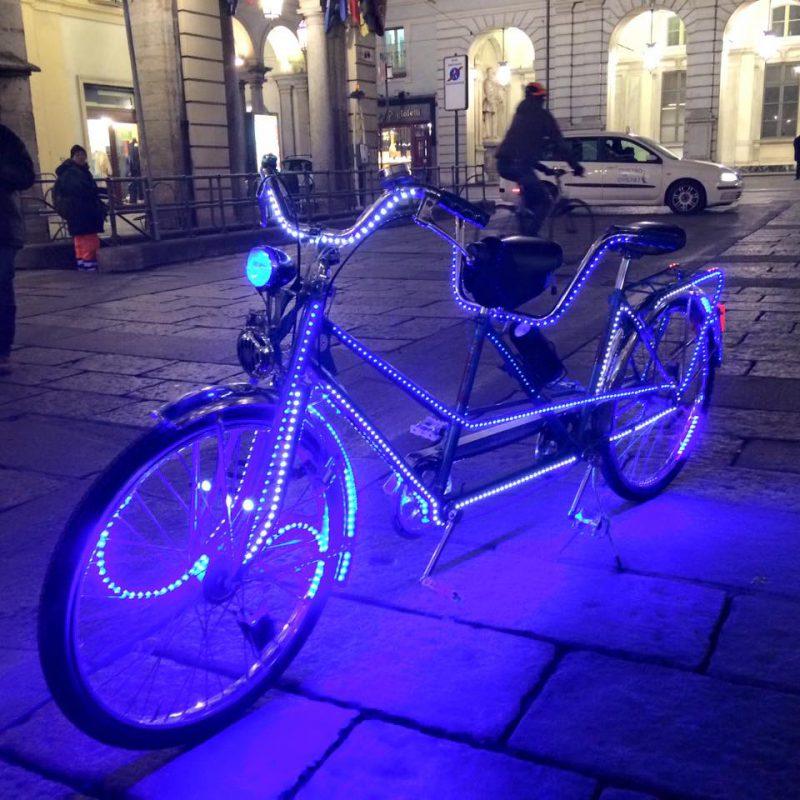 bici illuminata