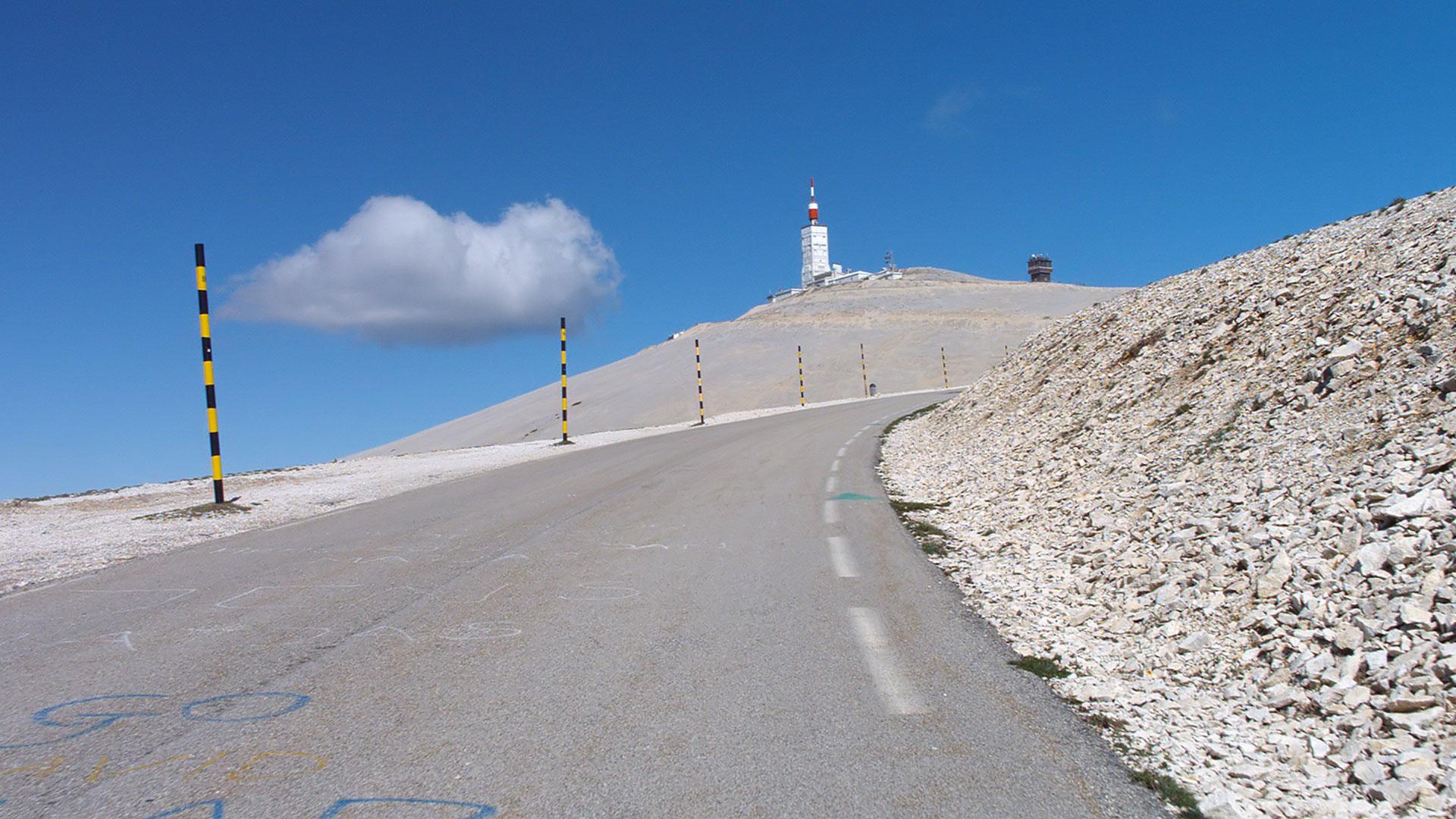 in bici sul mont ventoux