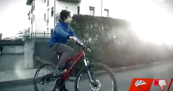 spot-sicurezza-stradale-ciclisti