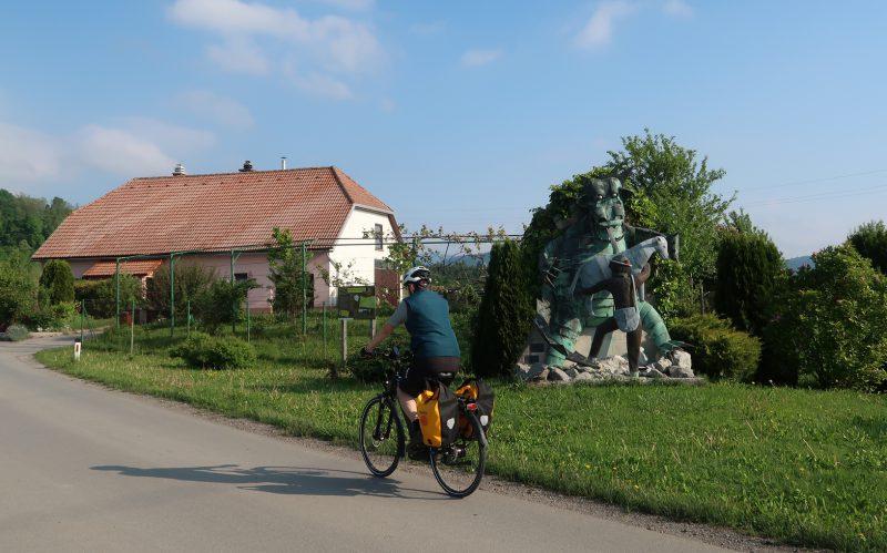 statua drago