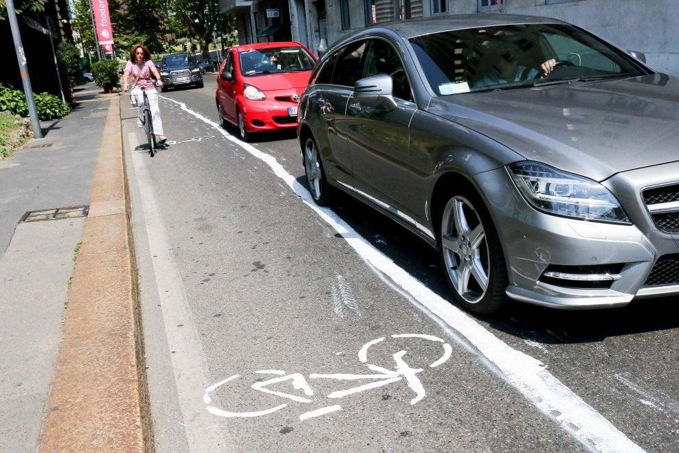 urbanistica tatticaguerrilla_bikelane