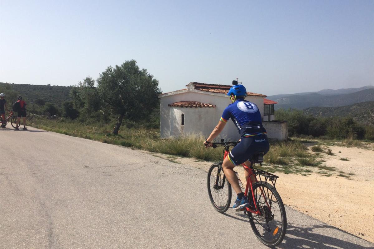 grecia in bici