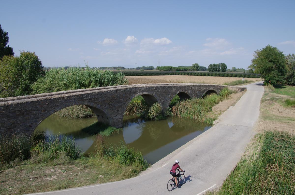 figueres-catalogna-cicloturismo-12