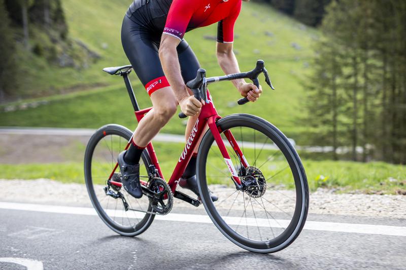 ciclista che usa la Wilier ZEROSLR