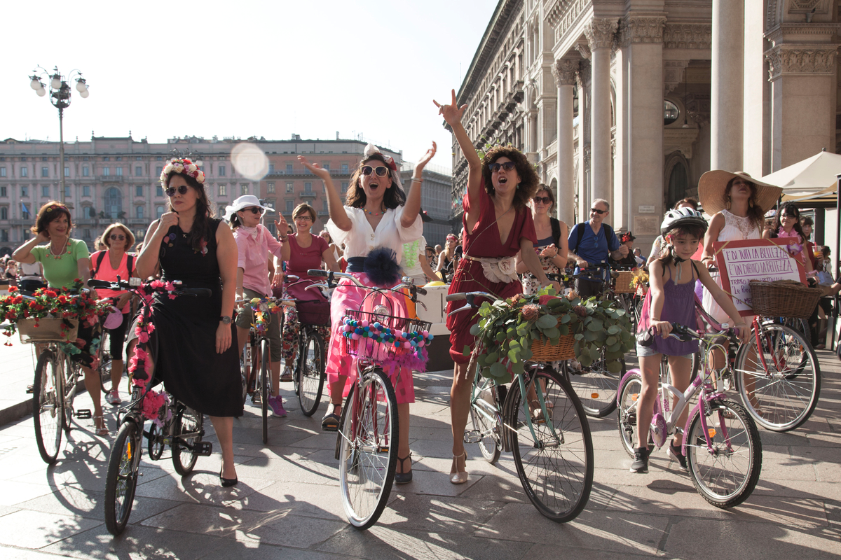 fancy women bike ride
