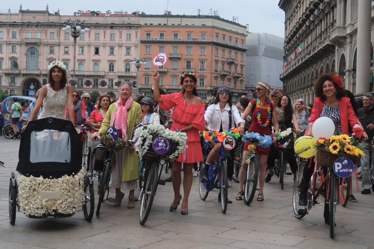 milano fancy women bike ride 2019