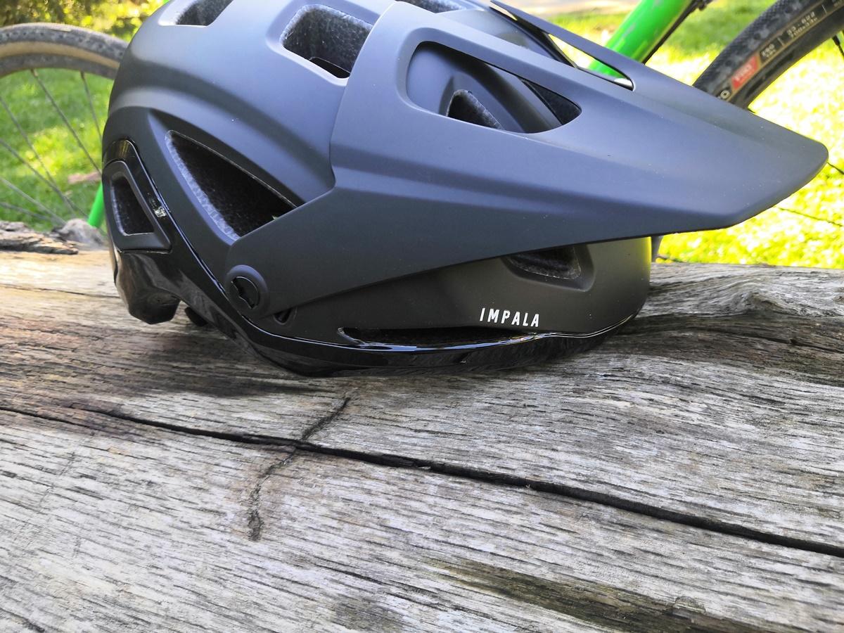 casco Lazer Impala