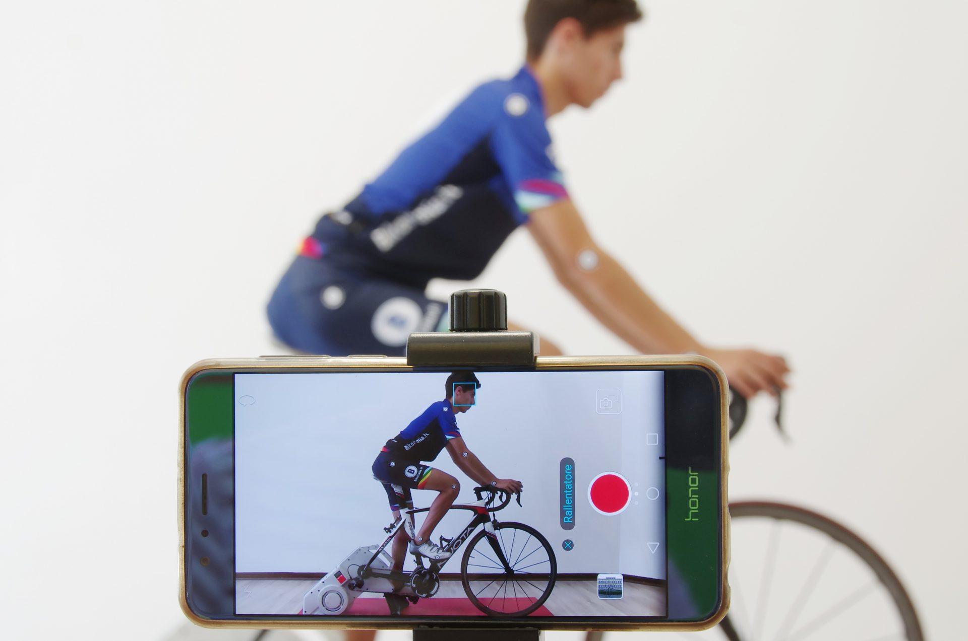 Ciclismo biomeccanica rulli Bikeitalia allenamento indoor