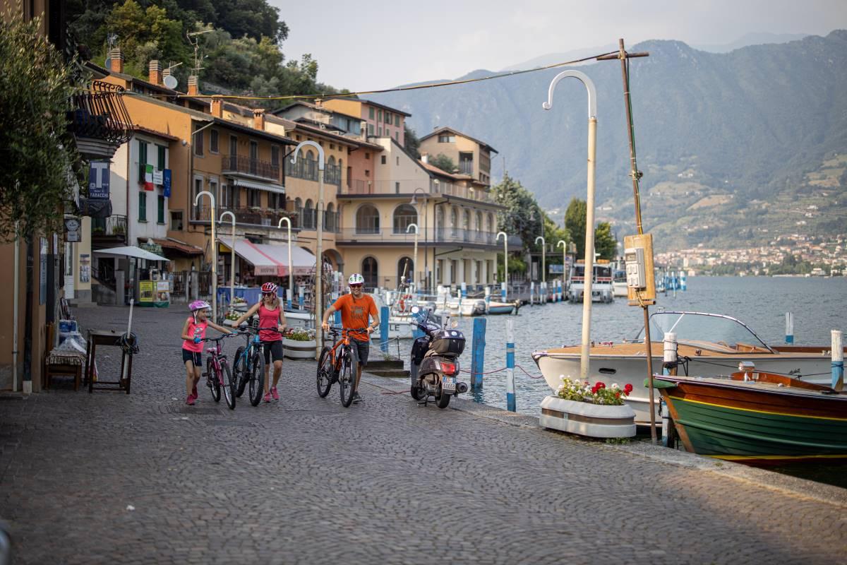 Lago d'Iseo, Visit Brescia