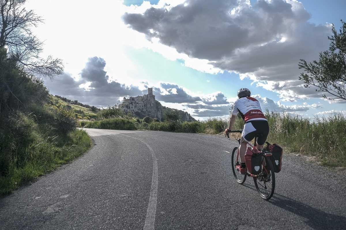 Basilicata in bicicletta Ferula Viaggi