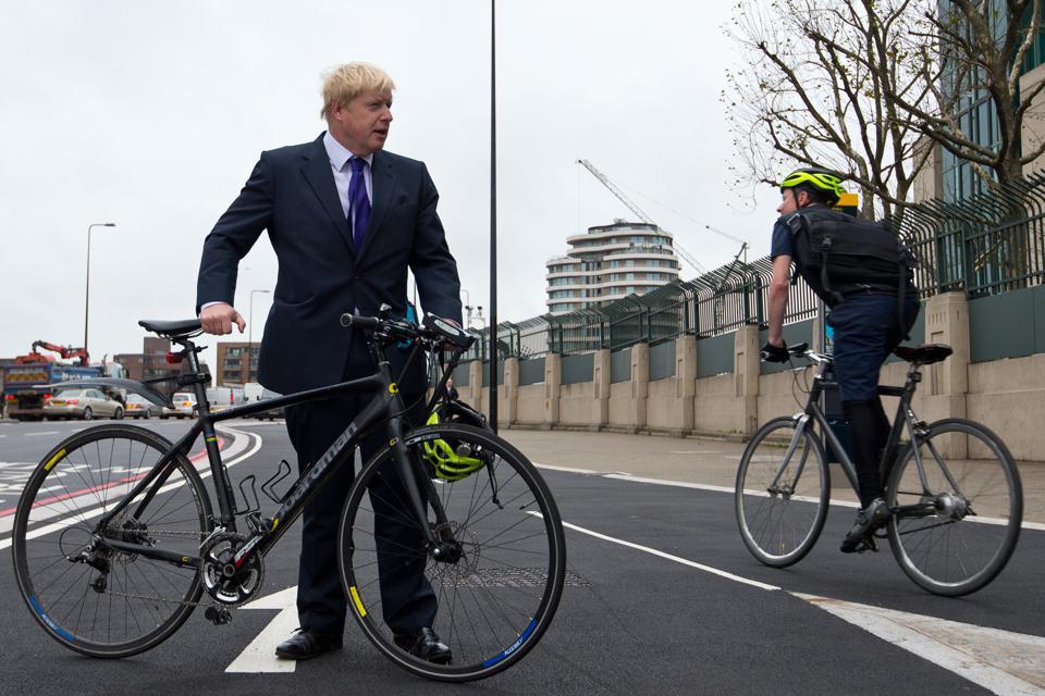 Johnson bicicletta piano 2 miliardi