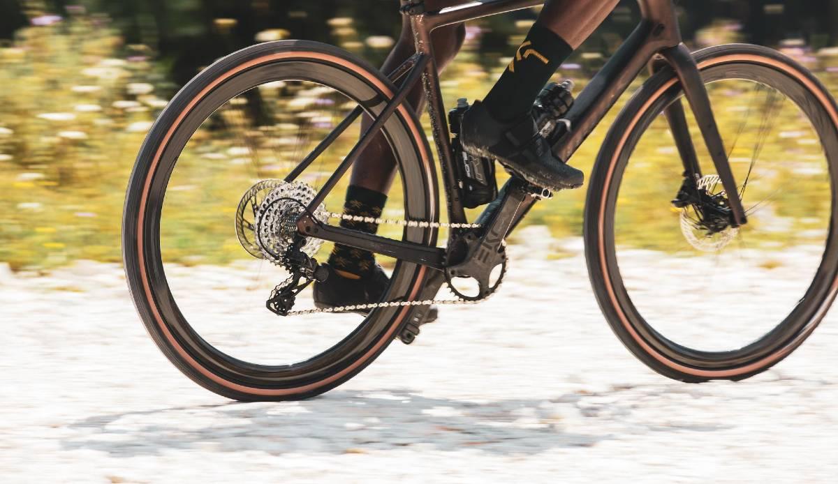 Bici gravel montata con il gruppo Campagnolo Ekar