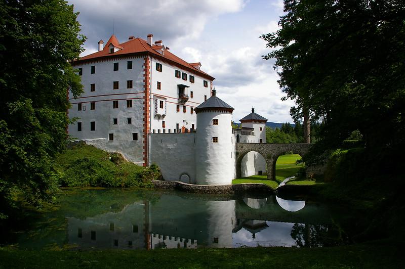 Castello di Snežnik, www.slovenia.info