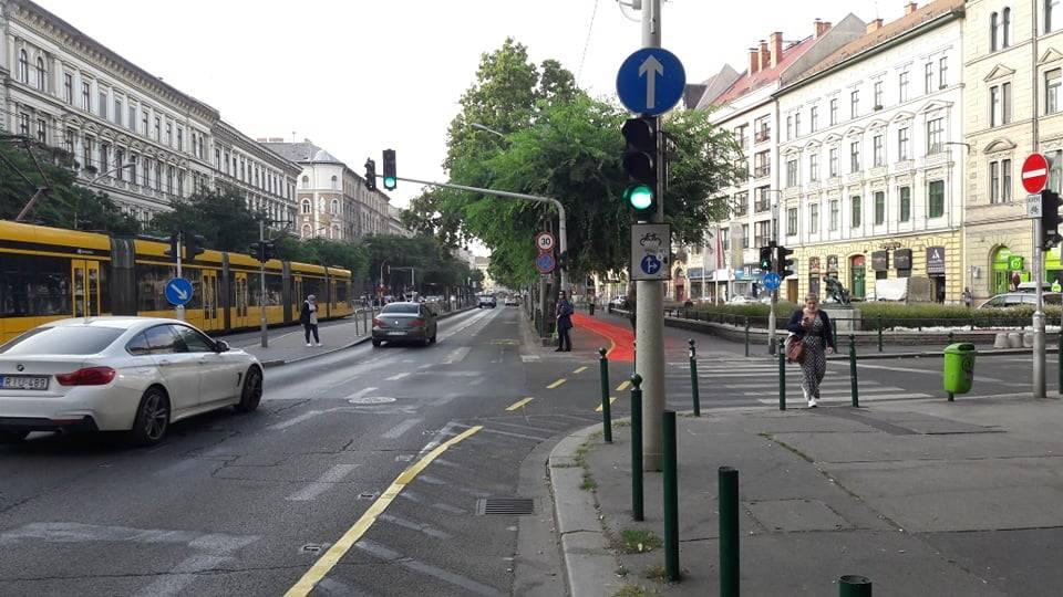 Budapest, ciclabile sul marciapiede