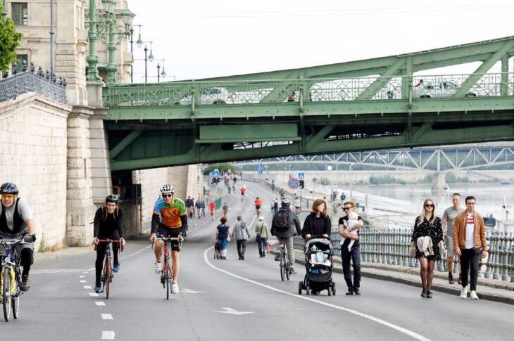 Budapest lungofiume chiuso al traffico