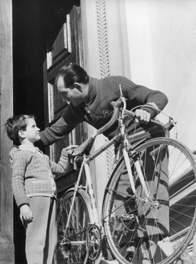 Gino Bartali con suo figlio Luigi Bartali