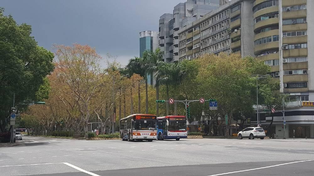 Strade asfalto autobus Taipei