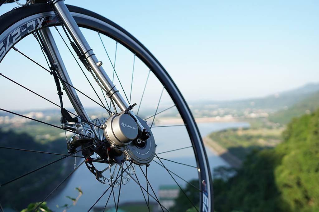 SpinUp dinamo luce bici