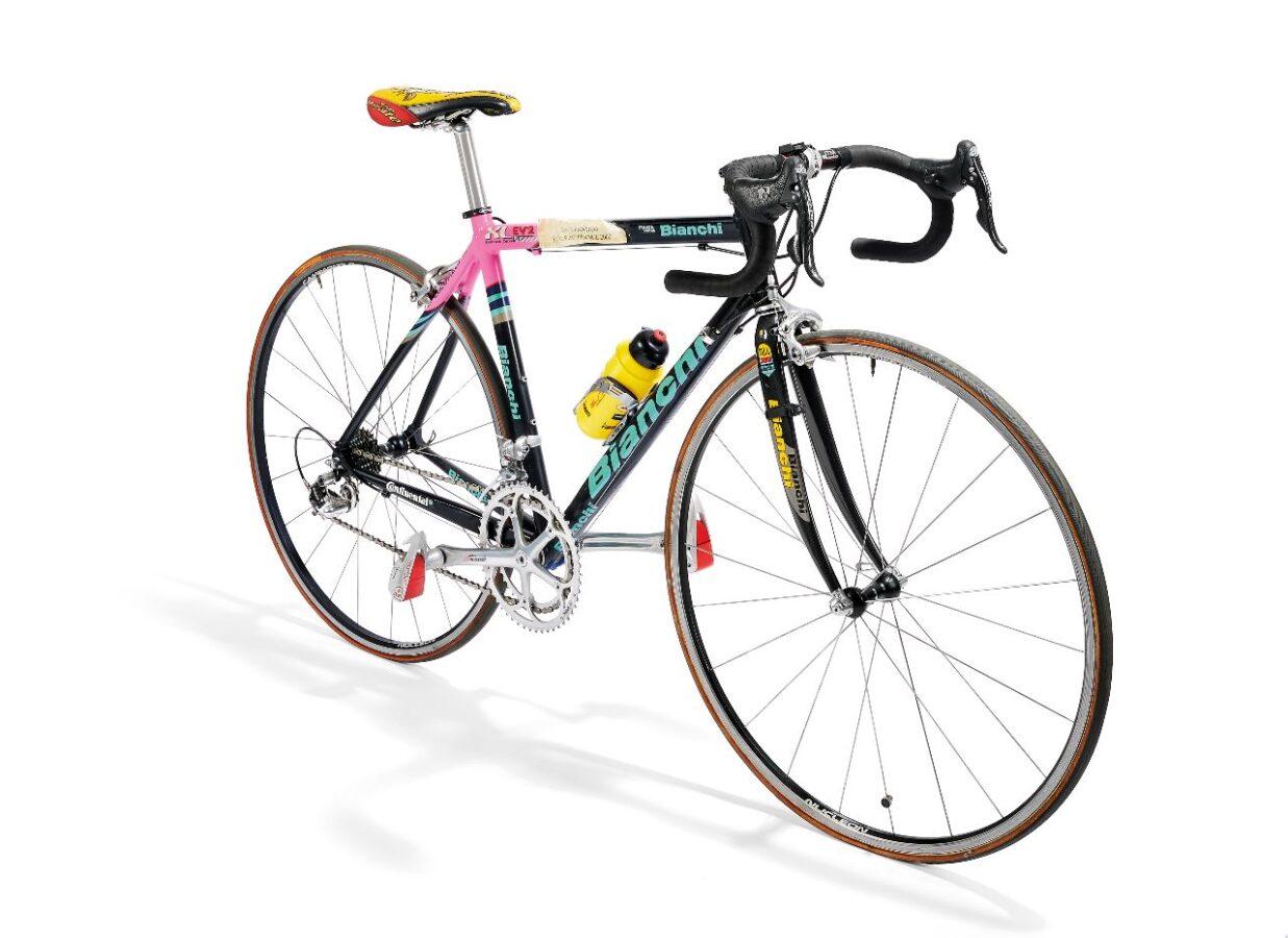 La bici Bianchi Mercatone Uno del Tour de France 2000 di Marco Pantani