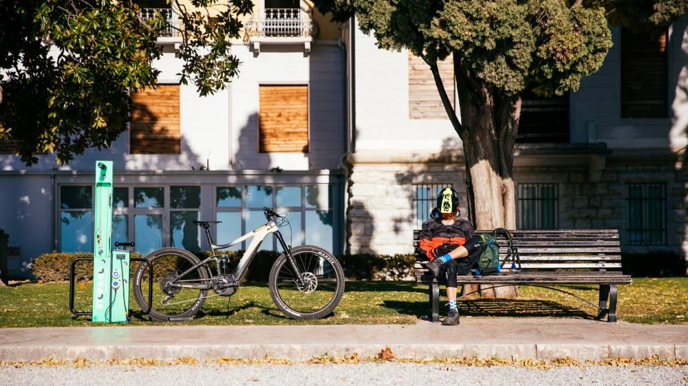 Colonnina di riparazione per bici