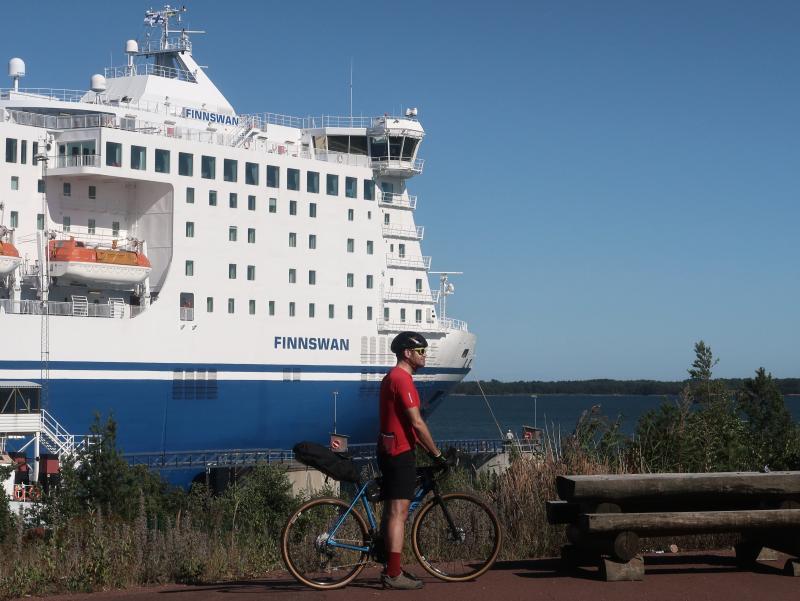 finlandia traghetto bicicletta cicloturismo finssswan