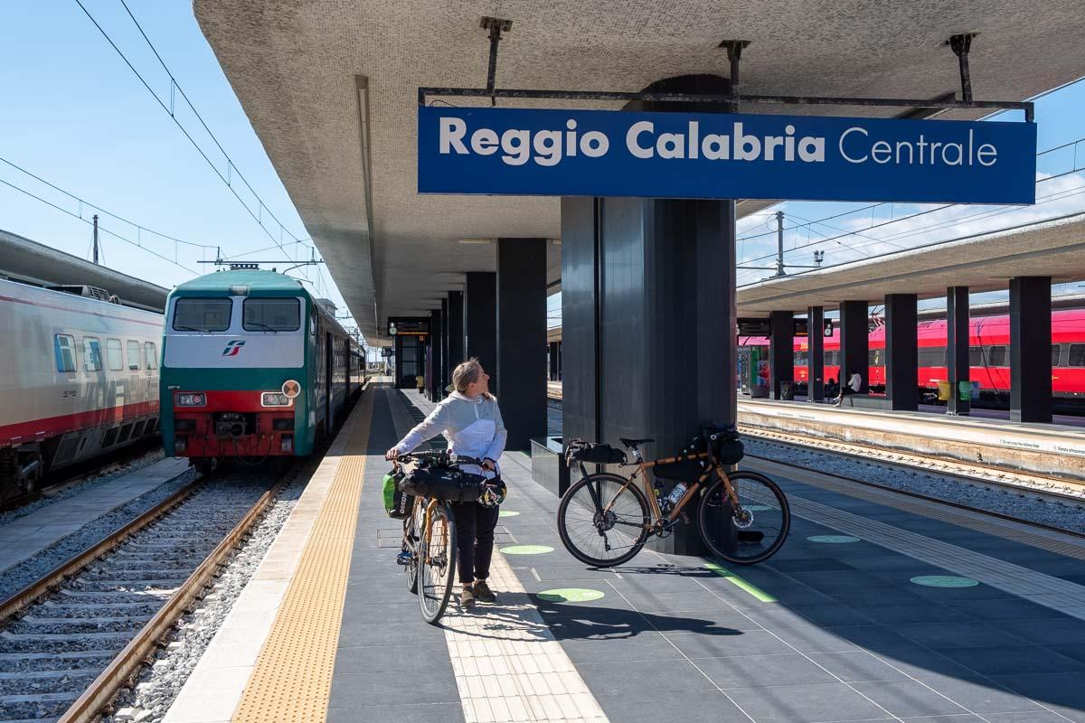 Stazione di Reggio Calabria in bicicletta